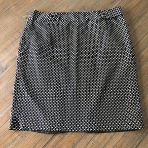 Rafaella size 16 black & white patterned skirt